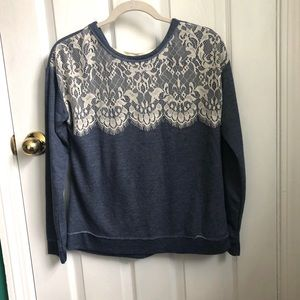 Inspired Hearts  trendy denim/lace top M NWT